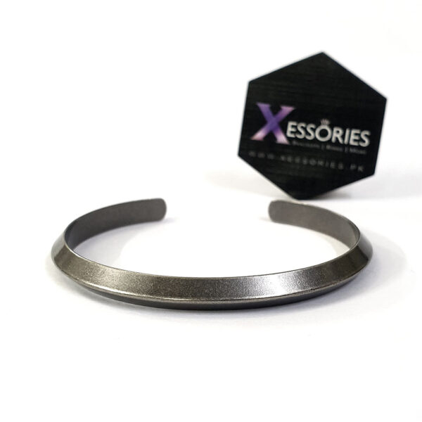 buy solid metal stainless steel cuff bracelet in pakistan by xessories online
