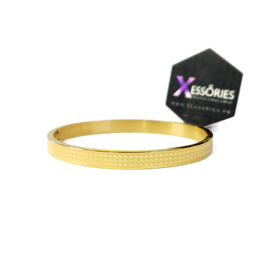 the chequered women bracelet by xessories in golden color stainless steel shop online in pakistan