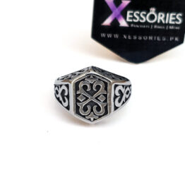 Billionaire Ring in Pakistan by xessoires.pk in stainless steel