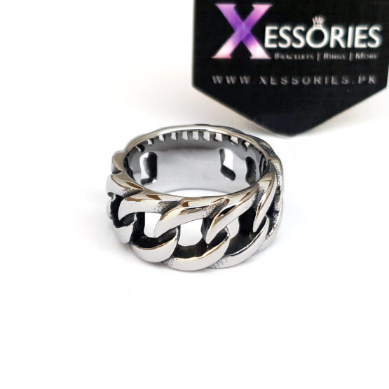 Linked Ring in Pakistan by xessories.pk in stainless steel cuban link ring